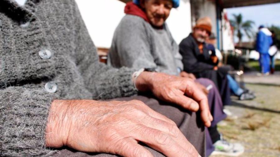 Relator desiste de propor reajuste em plano de saúde para idosos